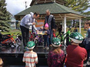 Traverse-City-bike-helmet-giveaway
