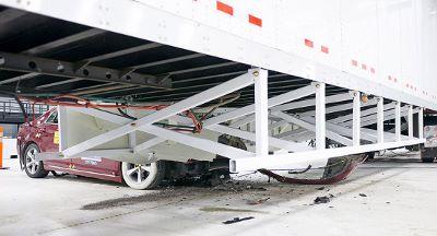 semi-truck-side-guard-crash