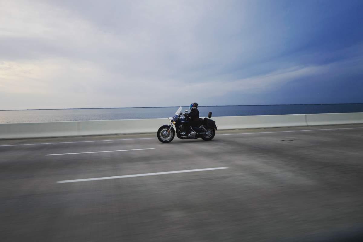 motorcycle-helmet-bluetooth