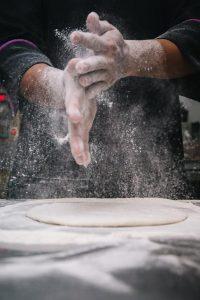 baking-chef-restaurant-flour-hands