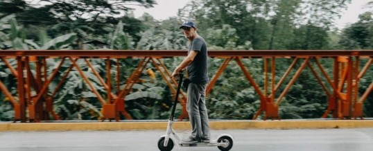 Can Electric Scooters Ride in Bike Lanes?