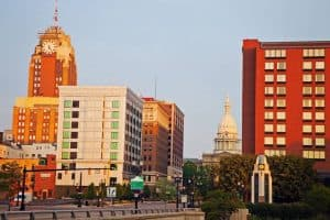 Lansing-Michigan-skyline